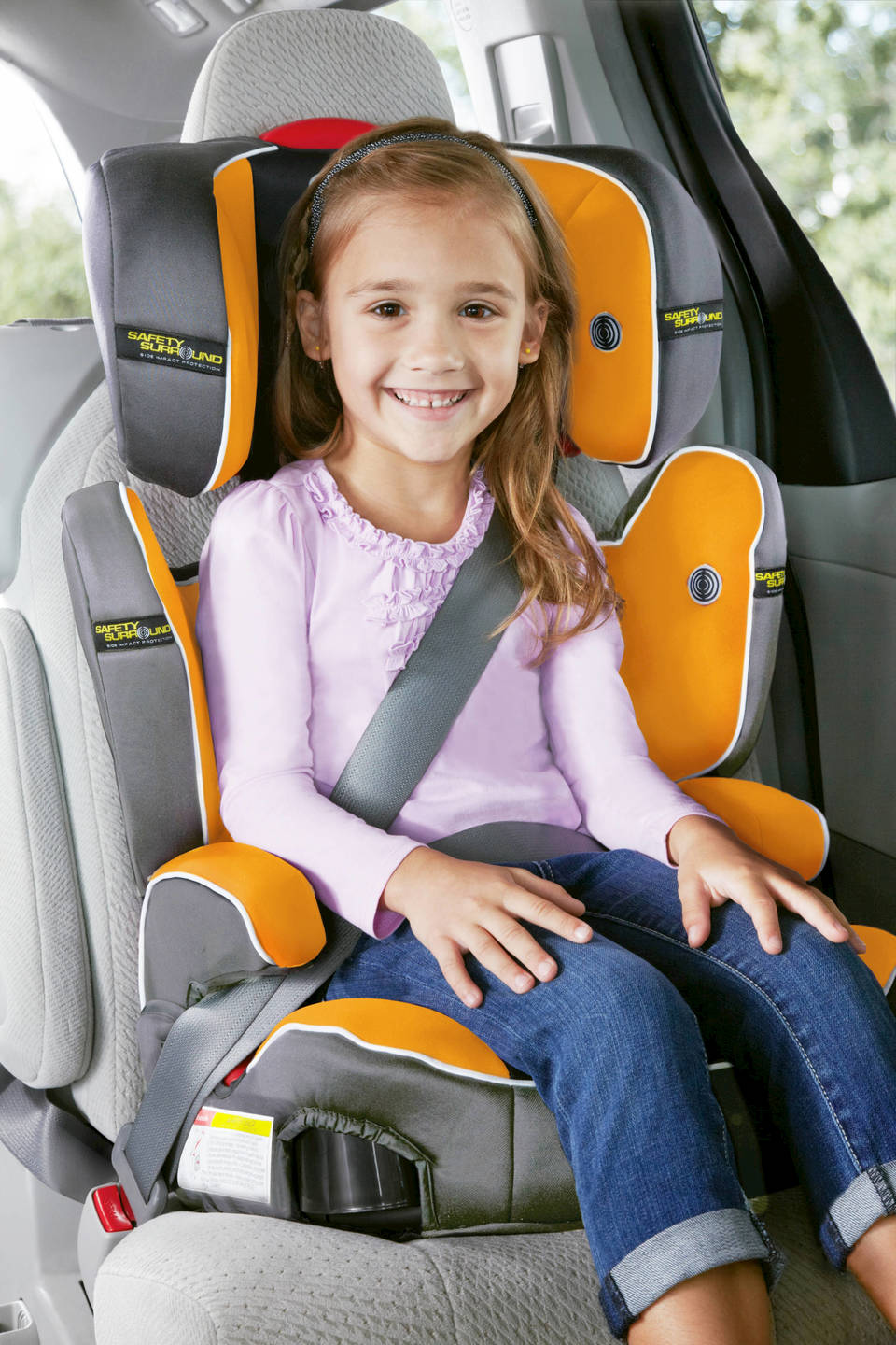 This Graco Car Seat Features Safety Surround Side Impact Protection That Provides Head And Body For Your Growing Child From 30 100 Lbs