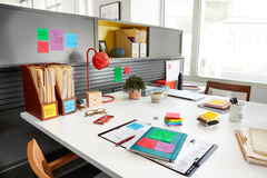 Post-it® World of Color Notes help you organize your day