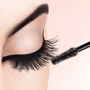Voluminous Lash Primer by L'Oreal #21