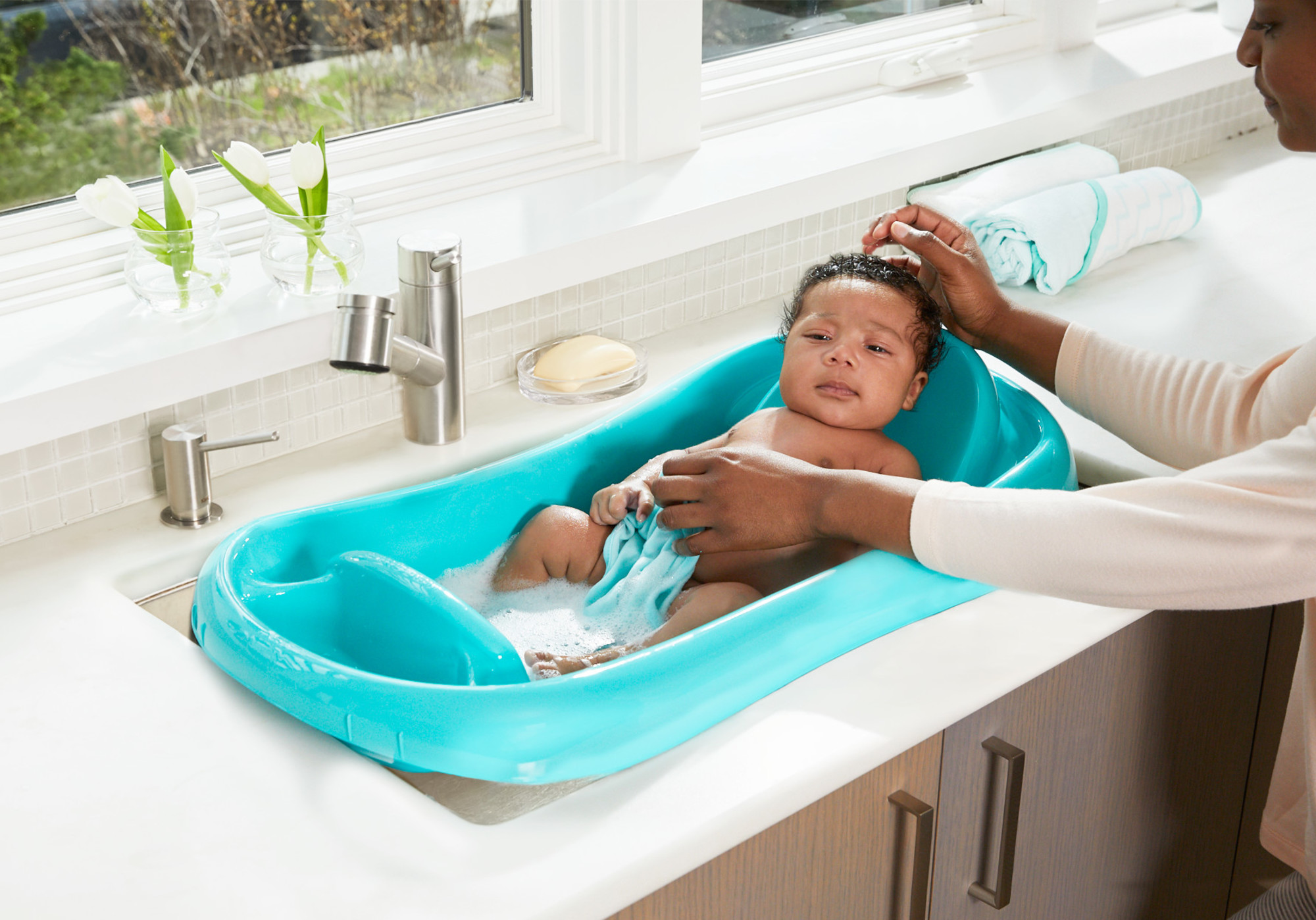 The First Years Sure Comfort Deluxe Newborn To Toddler Tub Pink Free Shipping