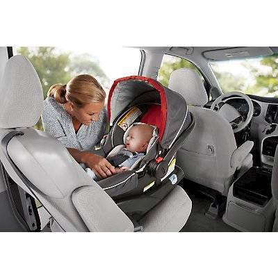 The Graco SnugRide Click Connect 35 Infant Car Seat Is An Ultra Lightweight Rear Facing That Makes It Easy For Mom To Carry Baby Everywhere