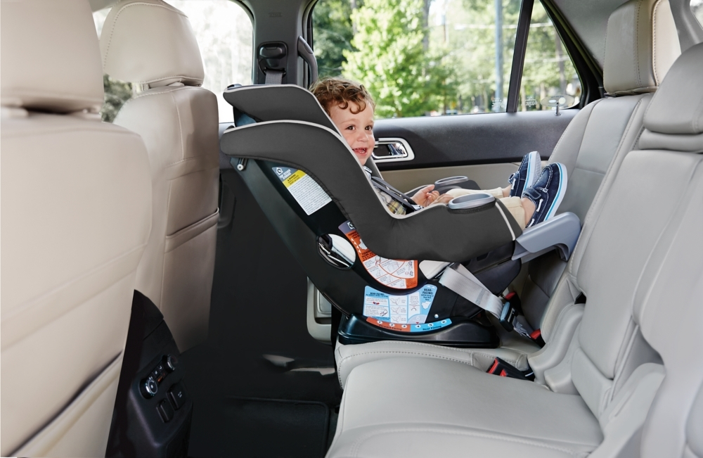 The Graco Extend2Fit Convertible Car Seat Featuring RapidRemove Cover Offers A Unique 4 Position Extension Panel That Provides 5 Of Extra Legroom Allowing