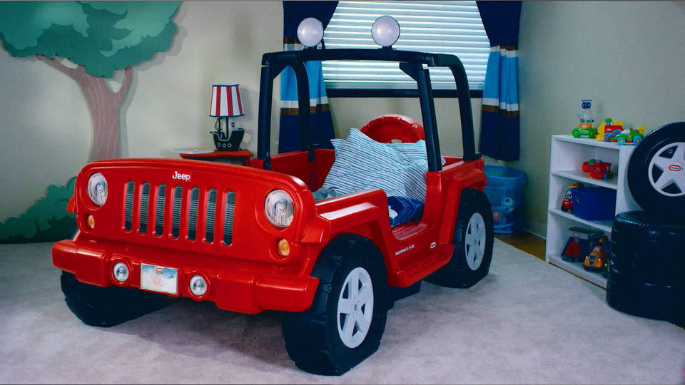 little tikes jeep wrangler toddler to twin convertible bed red walmartcom - Jeep Christmas Decorations