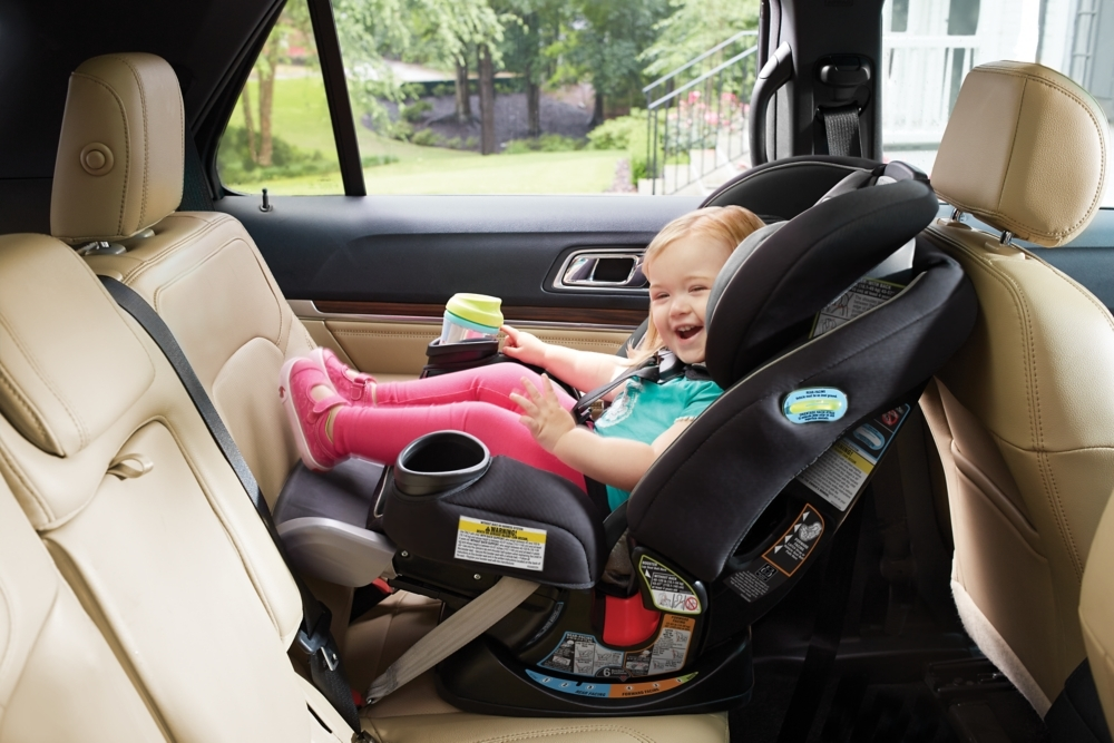 The Graco 4ever Extend2fit All In One Convertible Car Seat Provides 5 Of Extra Legroom To Keep Your Growing Child Rear Facing Comfortably And Safely