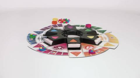 Trivial Pursuit: 2000s Edition Game - 360° View